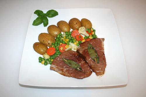 35 - Saltimbocca alla Romana - Served / Serviert