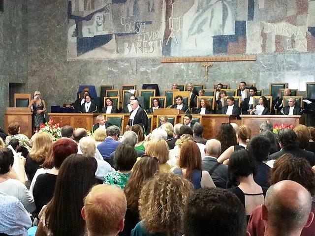 Rutigliano- La prima Toga di Platino italiana è di Rutigliano-Francesco Saverio Campanella, insignito del prestigioso riconoscimento in occasione dei 70 anni (3)