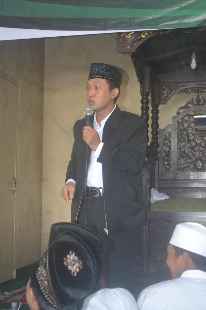 Ustadz Sahnawi,S.Pd