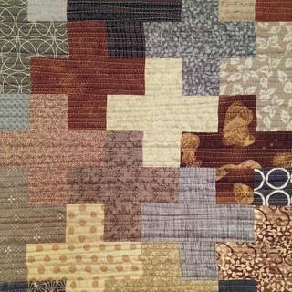 Organic quilting on Plus Block placemat