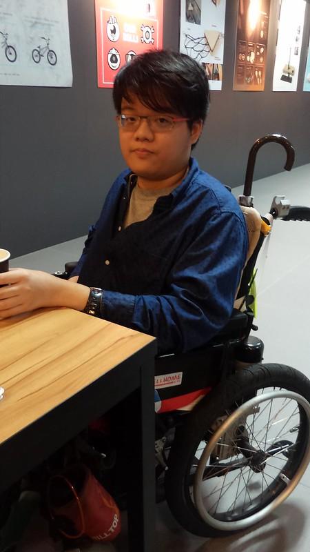劉承宏同學認為學校應多聆聽身障學生的需求。圖/黃玟涵攝。
