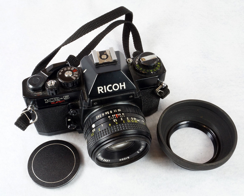 RD15023 Ricoh KR-5 SUPER 35mm SLR Film Camera XR Rikenon 50mm Lens, Sunpak Flash, Mustang Case DSC07456