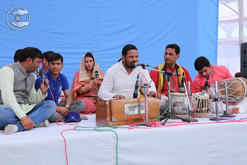 Devotional song by Amir Chand and Saathi from Dehradun