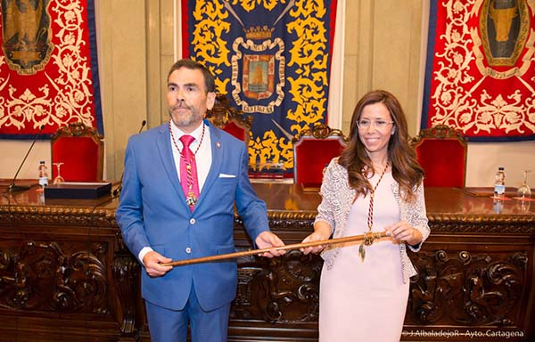 El alcalde, José López, presenta su renuncia