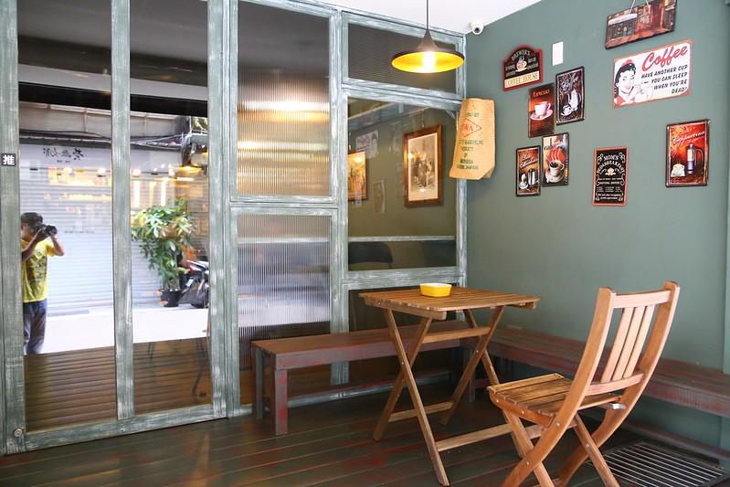 台北咖啡館 台北赤峰街咖啡館 赤峰街咖啡館 赤峰街早餐 赤峰街早午餐 台北赤峰街不現食咖啡館 早餐
