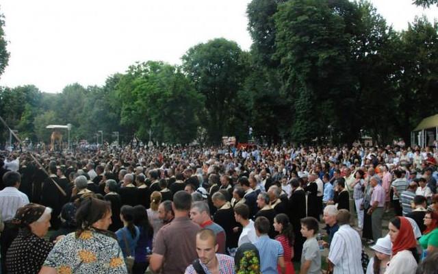 Peste 20.000 de credincioși, așteptați la slujba Sf. Nifon, de vineri