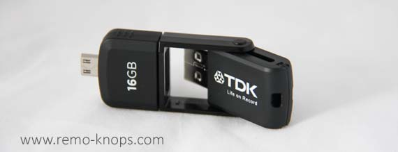 TDK 2-in-1 Micro USB 2.0 Flash Drive 4462