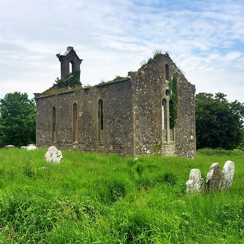 We've been busy helping someone find her Irish ancestors. It took knocking on a few doors, but we found the church, graveyard, & the home of her last known relative in Ireland. #Westmeath #Ireland