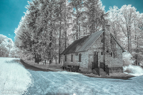 Cabin_In_The_Woods__IR.jpg