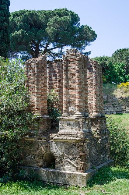20150519-Pompeii-Necropoli-di-Porta-Nocera-0573