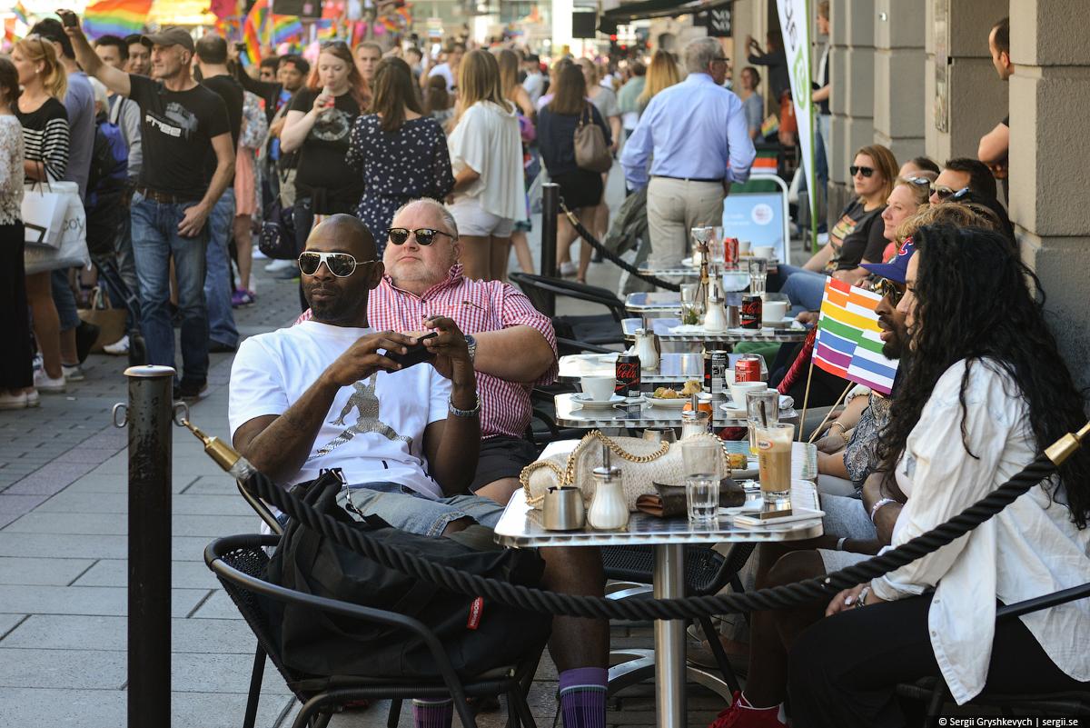 Stockholm_Gay_Pride_Parade-2