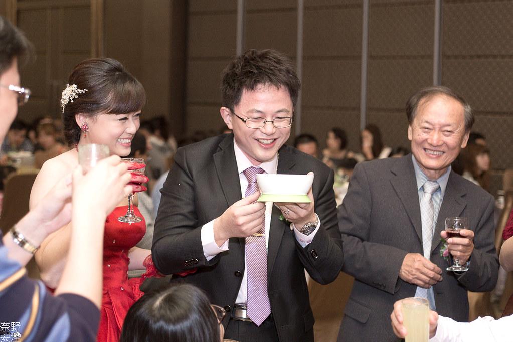 台南婚攝-繼中&佳芸-迎娶午宴 X 東東宴會式場-東嬿廳 (93)