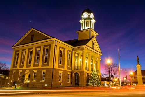 pittsboro northcarolina unitedstates us chathamcounty chathamcountycourthouse longexposure canon eos canoneos7dmarkii canonefs1855mmisstm courthouse