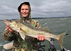 Fishing-for-walleye