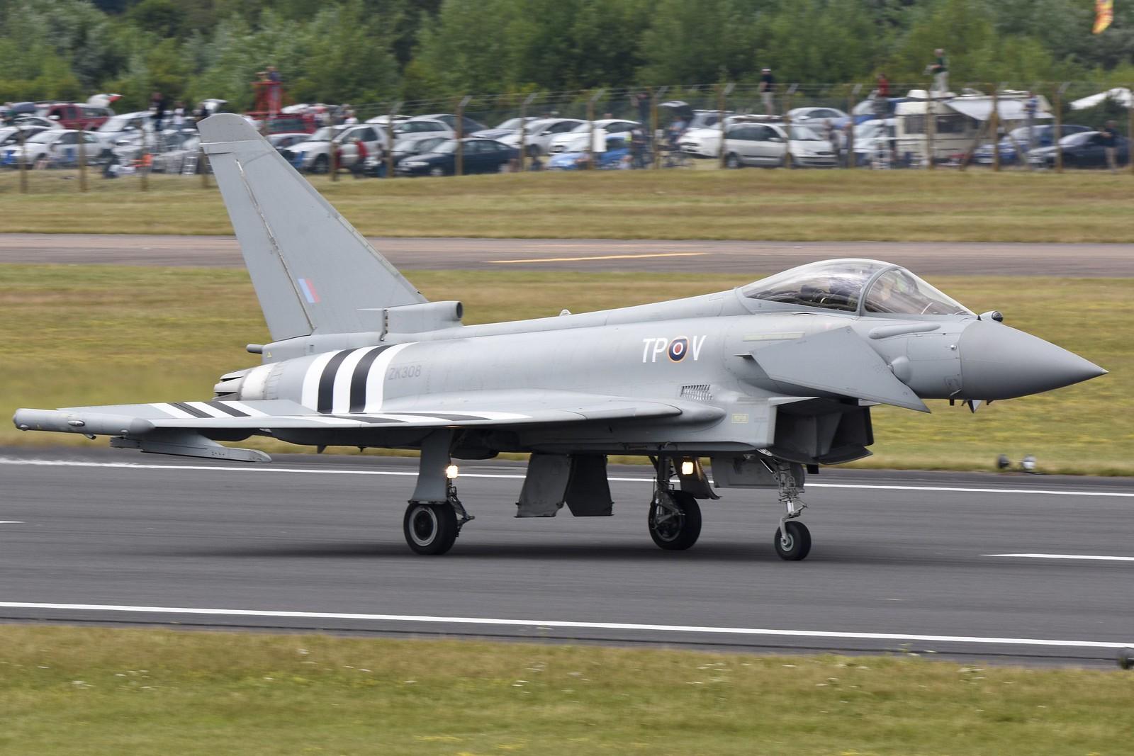 Eurofighter EF-2000 19127508433_635f1fe698_h