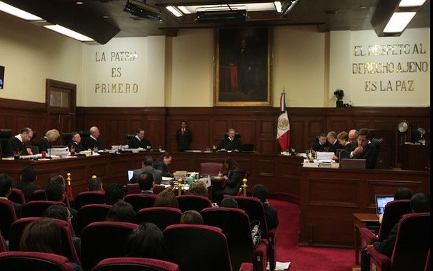 Procede daño moral ante falta de información sobre cirugías: Corte