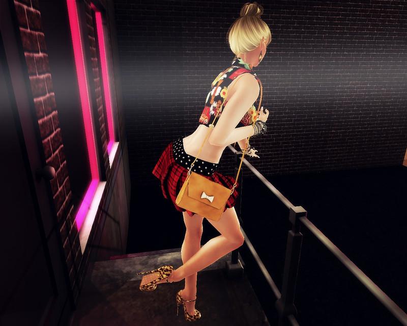 Eluzion Skirt