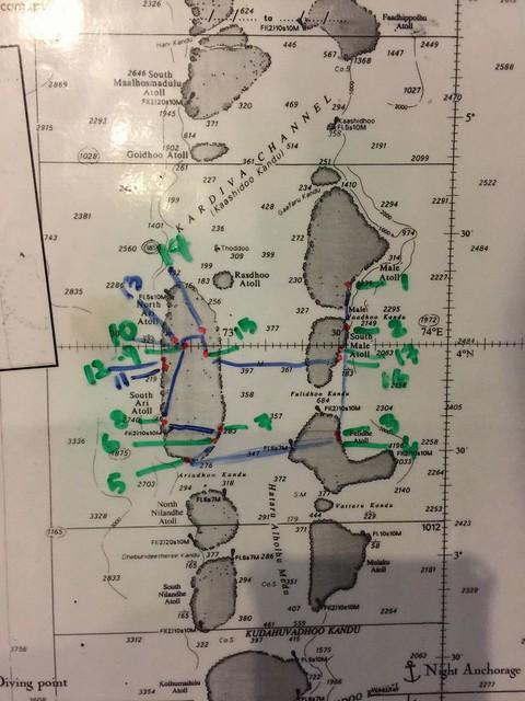 1周間の航路と、17ダイブがそれぞれどこで潜ったかがわかるマップです♪