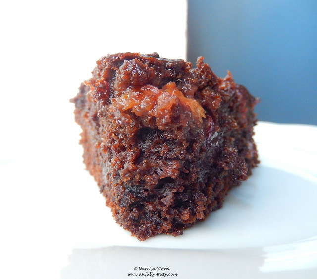 prajitura cu ciocolata si prune