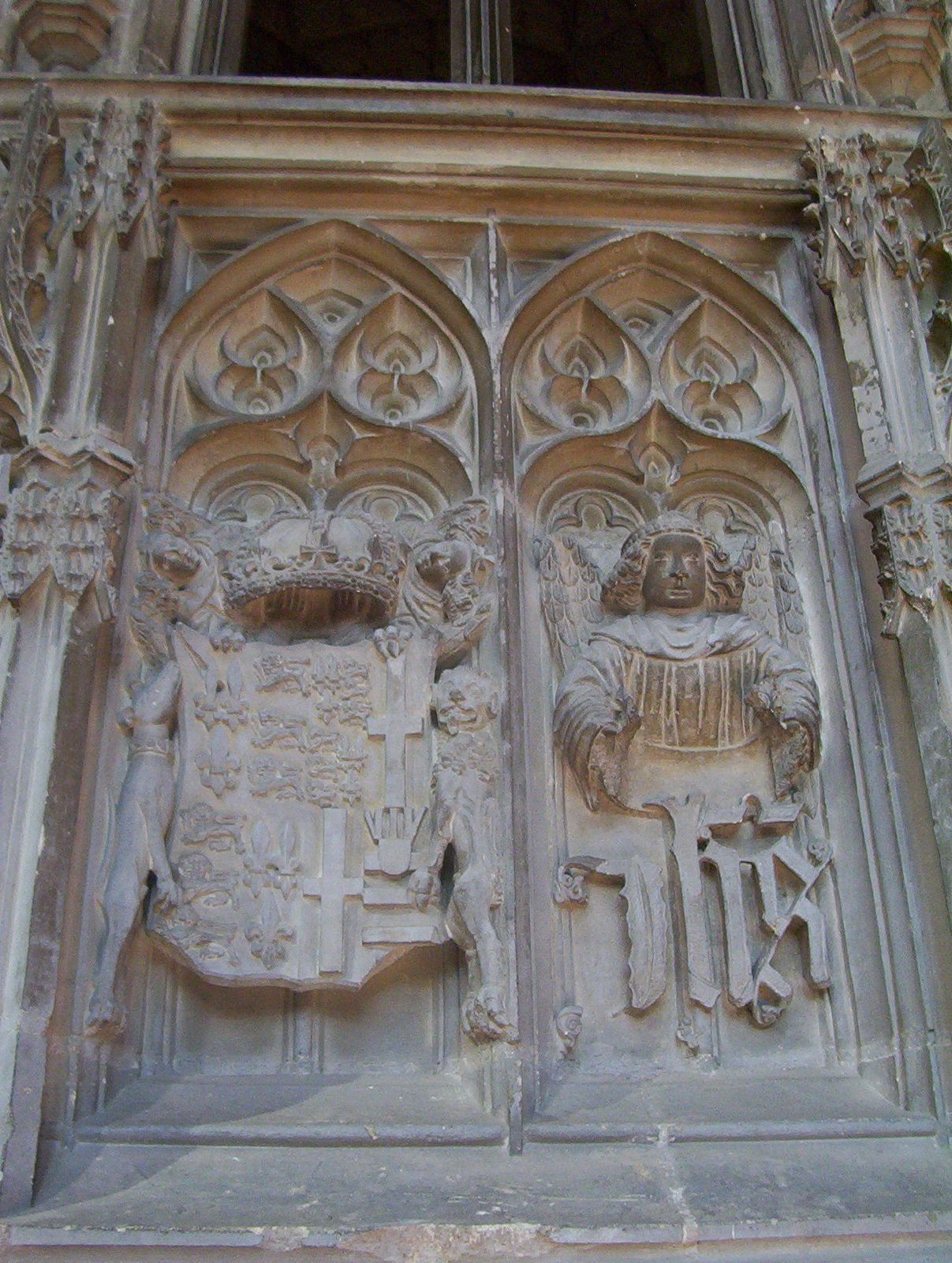 Stone carvings on prince arthur s chantry the rose of