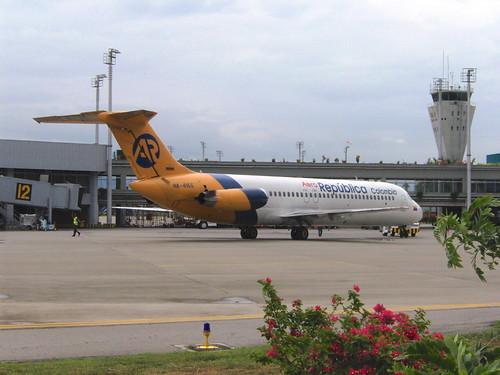 AeroRepública DC9