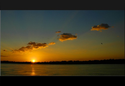 light shadow sky cloud sun sunlight color colour reflection nature water topv111 clouds river mississippi landscape rouge gold golden la louisiana ray albaluminis beam burn batonrouge mississippiriver baton
