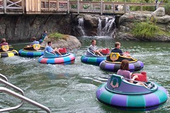 raft(0.0), park(0.0), rafting(0.0), vehicle(1.0), tubing(1.0), recreation(1.0), outdoor recreation(1.0), leisure(1.0), boating(1.0), water sport(1.0), amusement park(1.0),
