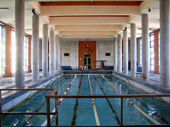palace(0.0), leisure(0.0), estate(0.0), mansion(0.0), resort(0.0), thermae(0.0), swimming pool(1.0), leisure centre(1.0), architecture(1.0), interior design(1.0),