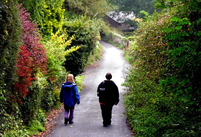 Trudi and Felicity, North Bovey, Devon, England - Flickr CC PhillipC