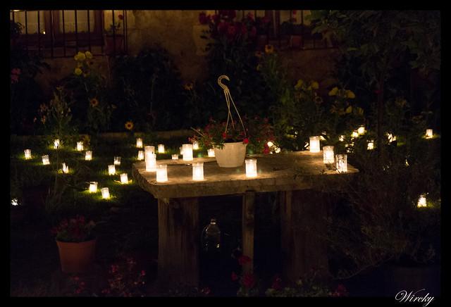 Noche velas Pedraza fotografías - Jardín con velas