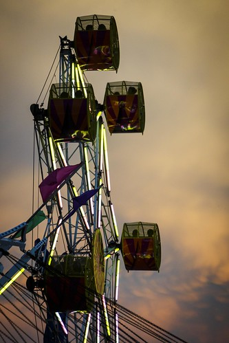 Columbia Missouri, Boone County Fair, Fair, County Fair, Notley Hawkins Photography, Columbia Missouri, Downtown Columbia Missouri, Blue Hour, Evening, long exposure, http://www.notleyhawkins.com/, rock-o-plane, sunset, sky, clouds, carnival