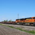 BNSF+6417+ES44AC+SB+work+train+Virden