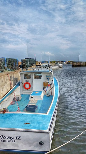 ocean summer canada water boats harbor fishing newbrunswick lobsterseason