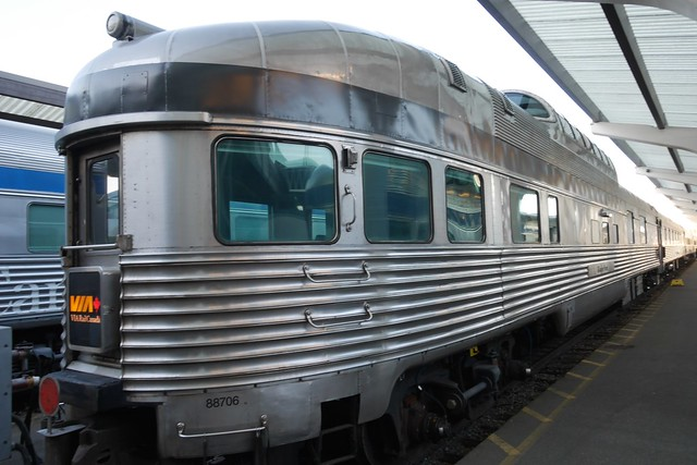 日, 2015-07-19 23:11 - The Canadian Vancouver-Jasper