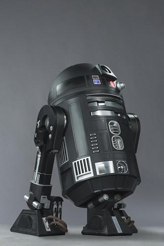 R2D2 - Black