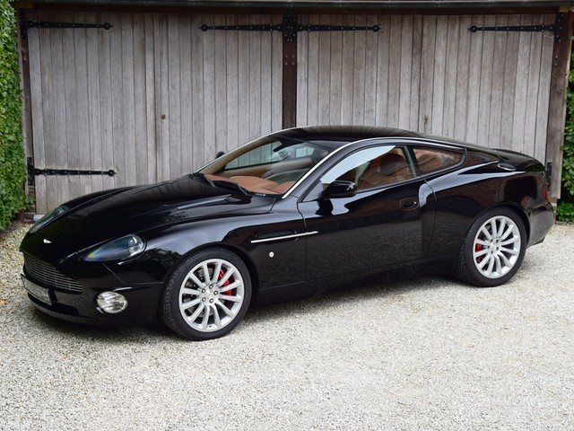 albion motorcars aston martin vanquish 2002. Black Bedroom Furniture Sets. Home Design Ideas