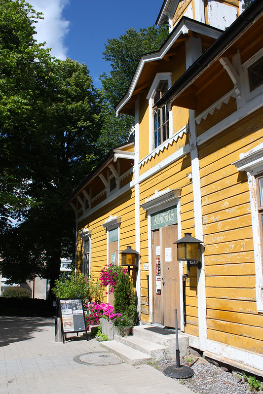 Café Svenkka ja Puotilan kartano Kaikki Paketissa