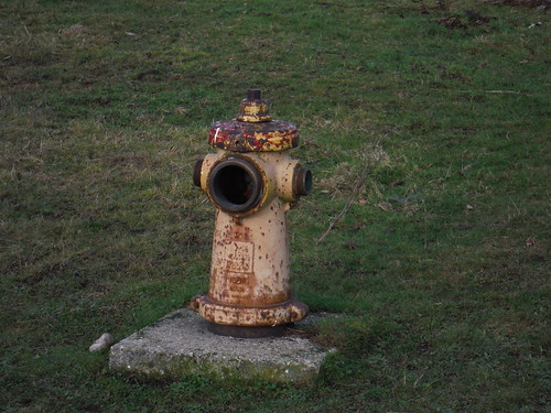 Greenham Common: US Hydrant (foam for emergency landings, or water for fires?)