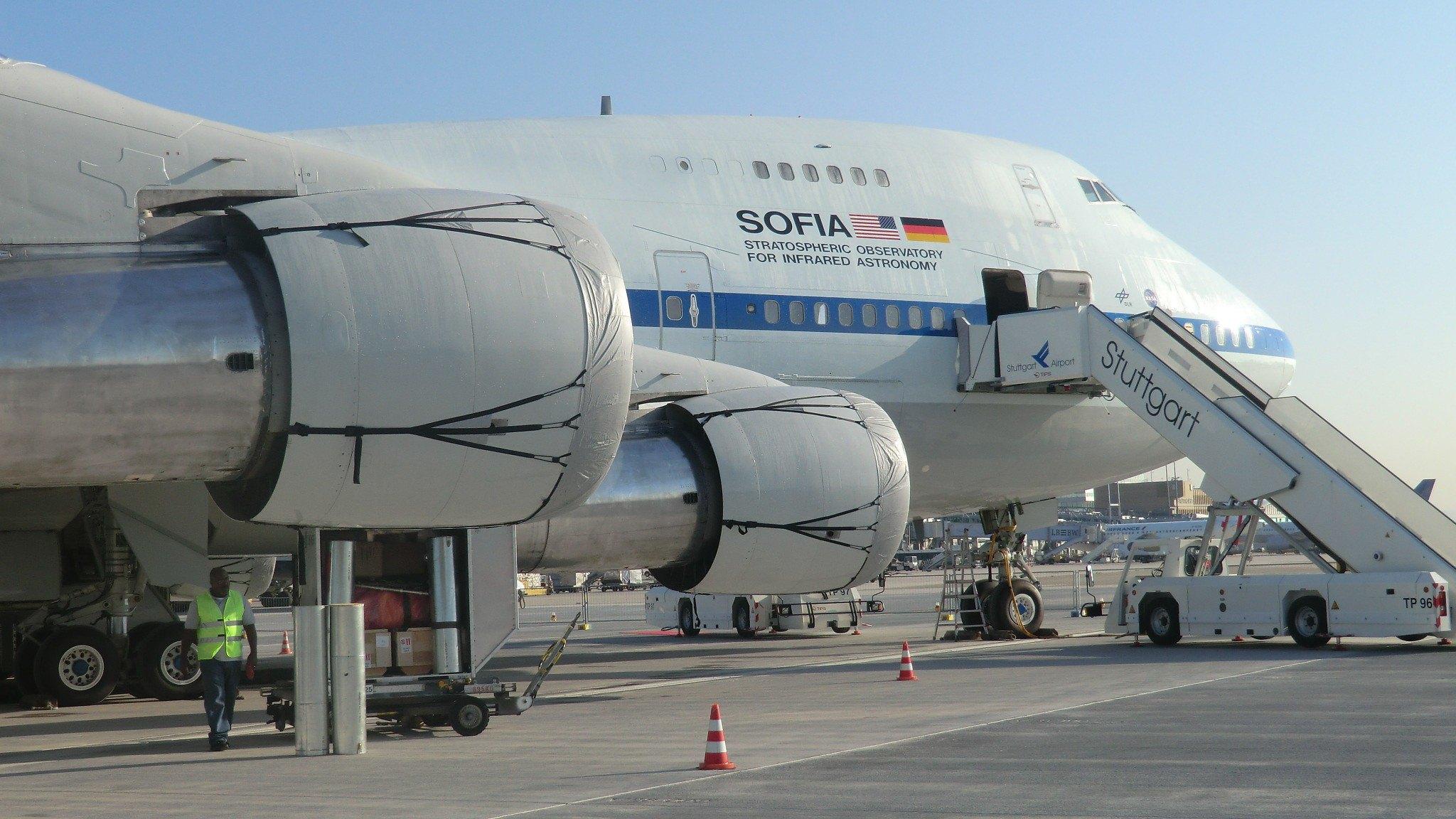 Stuttgart: SOFIA Astronomical Research Aircraft- powerful ...