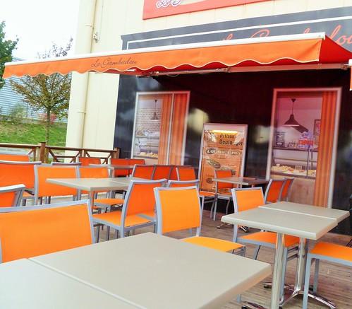 LA GAMBADOU boulangerie-pâtisserie RESTAURATION RAPIDE à Chasseneuil-du-Poitou site du FUTUROSCOPE - Vienne 86