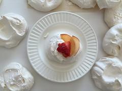 meal, strawberry, fruit, food, dish, dessert, cuisine, cream, mascarpone, sour cream, meringue,