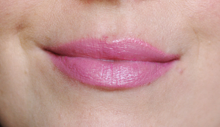 Etam over rose lip balm: review and swatches