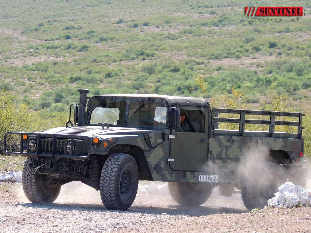 Ejercito Mexicano renueva flota de Humvees 02/04/2014 - Página 7 20290919839_9a268c0378_b