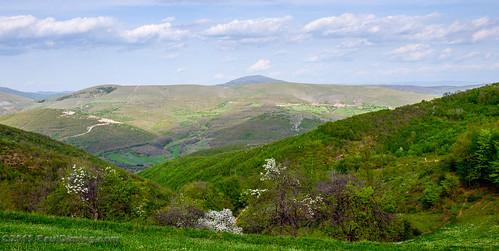 mountain mountains landscape spring ridge valley kosova kosovo dailyphoto brus lipjan lipljan republicofkosovo d7000 pauldiming lipjanlibljan bruskosovo
