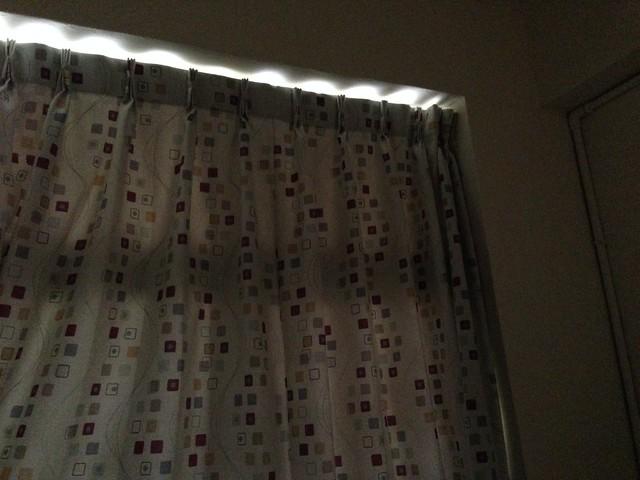 關窗狀態,遮光率這樣我就很滿意了@溫飾效應遮光窗簾