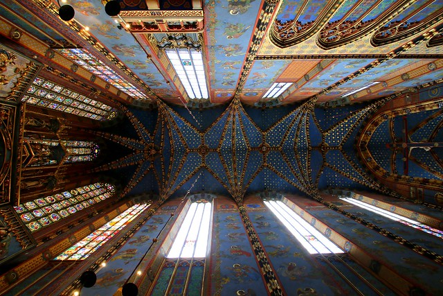 Happy Sunday ! / Ceiling of Koscial Mariacki, Krakow, Poland
