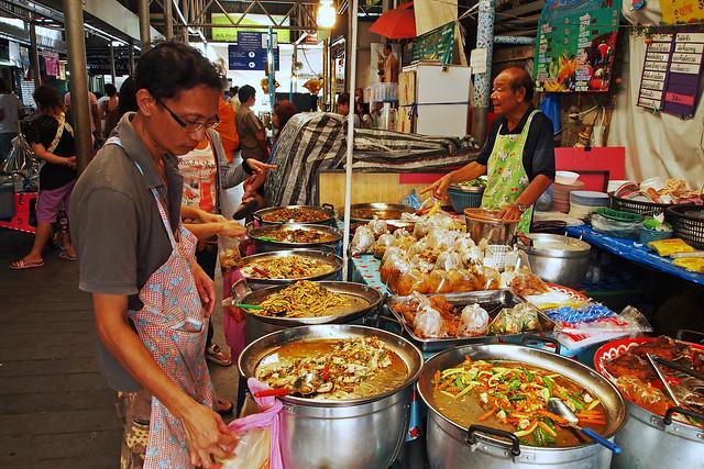 Street Market, Bangkok, Thailand 10/04/2015