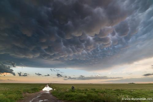sunset usa cloud storm unitedstates may chase kansas thunderstorm plains liberal chasing stormchasing mammatus 2015