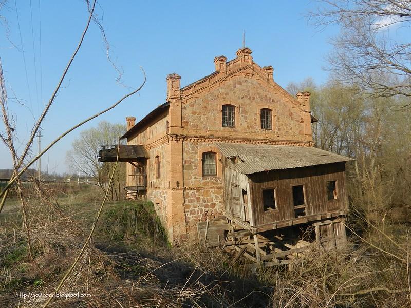 Заброшенная мельница в Чубинцах