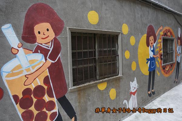 台中忠明13鄰塗鴨社區03